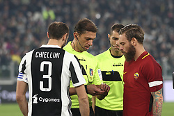 December 23, 2017 - Turin, Italy - Roma midfielder Daniele De Rossi (16) and Juventus defender Giorgio Chiellini (3) before the Serie A football match n.18 JUVENTUS - ROMA on 23/12/2017 at the Allianz Stadium in Turin, Italy. (Credit Image: © Matteo Bottanelli/NurPhoto via ZUMA Press)