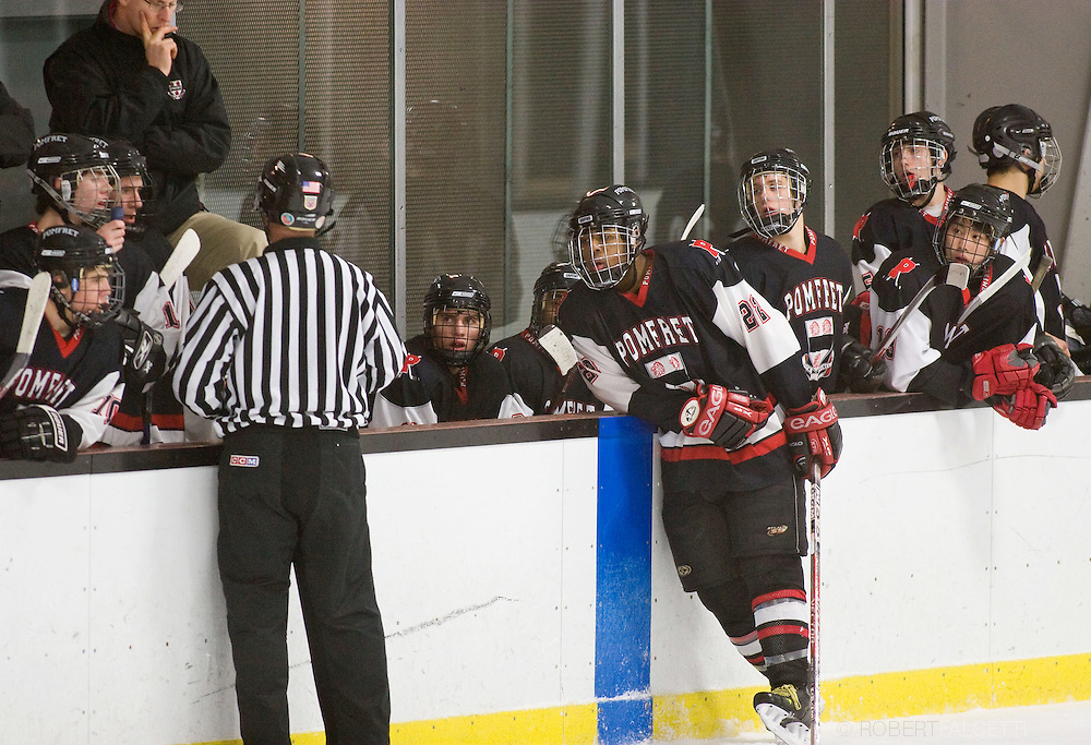 Pomfret School winter sports 2009, Boys Hockey..©2008 RobertFalcettiStudio