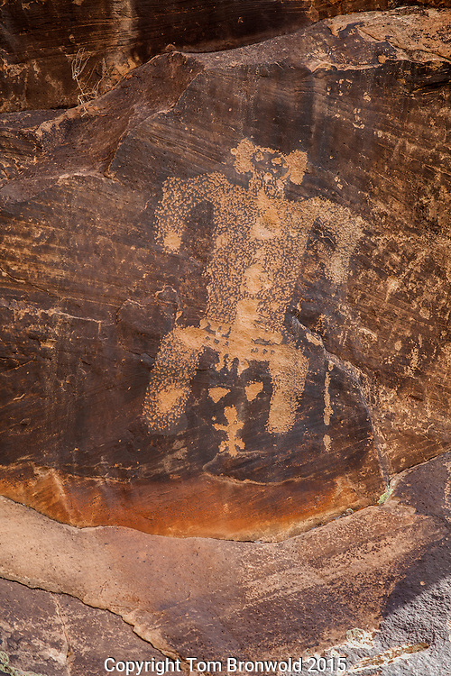 Petroglyph dipicting child birth. Rock art ranch along chevlon creek, Chevlon Canyon
