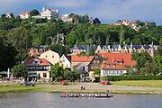 Loschwitz an der Elbe, Cafe Restaurant Luisenhof, Dresden, Sachsen, Deutschland.|.river Elbe, Loschwitz, restaurant Luisenhof, Dresden, Germany