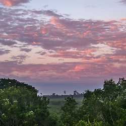 """""""Nascer do Sol (Paisagem) fotografado em Linhares, Espírito Santo -  Sudeste do Brasil. Bioma Mata Atlântica. Registro feito em 2013.<br /> <br /> <br /> <br /> ENGLISH: Sunrise photographed in Linhares, Espírito Santo - Southeast of Brazil. Atlantic Forest Biome. Picture made in 2013."""""""