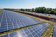 Nederland, Geldermalsen, 20180806<br /> Energiepark Rivierenland.  Een afvalberg is bekleed met ruim 34767 zonnepanelen en levert daarmee stroom voor 2800  huishoudens van Geldermalsen. Het zonnepark heeft een vermogen van 9.3 MWp.<br /> Foto: (c) Michiel Wijnbergh