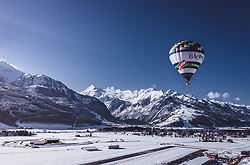 04.02.2019, Zell am See - Kaprun, AUT, BalloonAlps, im Bild ein Heissluftballon über Kaprun mit dem Kitzsteinhorn Gletscher // a hot-air balloon above Kaprun with the Kitzsteinhorn Glacier during the International Balloonalps Alps Crossing Event, Zell am See Kaprun, Austria on 2019/02/04. EXPA Pictures © 2019, PhotoCredit: EXPA/ JFK