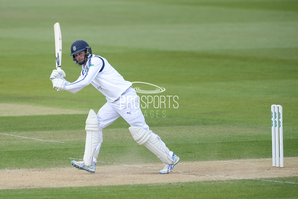 Gareth Berg of Hampshire batting during the Specsavers County Champ Div 1 match between Hampshire County Cricket Club and Middlesex County Cricket Club at the Ageas Bowl, Southampton, United Kingdom on 16 April 2017. Photo by David Vokes.