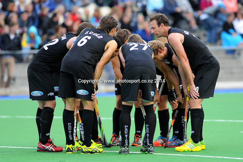 Black Sticks players  during the 2nd Test match Black Sticks Men v Canada. Saxton Turf, Richmond, Nelson, New Zealand. Wednesday 10 December 2014. Photo: Chris Symes/www.photosport.co.nz