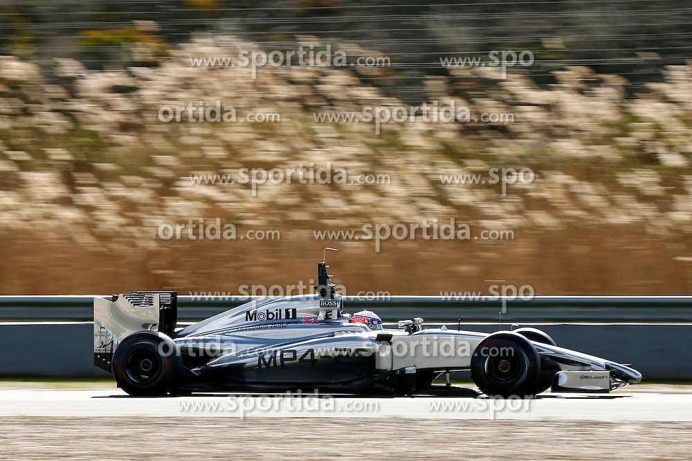 Motorsports: FIA Formula One World Championship 2014, Tests in Jerez de la Frontera, #5 Jenson Button (GBR, Vodafone McLaren Mercedes),  *** Local Caption *** © pixathlon