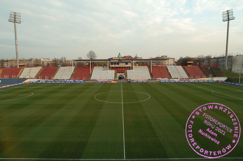n/z.: Stadion Cracovii przed meczu ligowym Cracovia Krakow - Lech Poznan , I liga 19 kolejka sezon 2006/2007, Orange Ekstraklasa , pilka nozna , Polska , Krakow , 30-03-2007 , fot.: Adam Nurkiewicz / mediasport..Cracovia's stadium before soccer first division league match between Cracovia Cracow and Lech Poznan in Cracow, Poland. March 30, 2007 ; 19 round season 2006/2007 , football , Poland , Cracow ( Photo by Adam Nurkiewicz / mediasport )