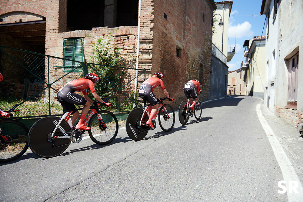 Team Sunweb at Stage 1 of 2019 Giro Rosa Iccrea, an 18 km team time trial from Cassano Spinola to Castellania, Italy on July 5, 2019. Photo by Sean Robinson/velofocus.com