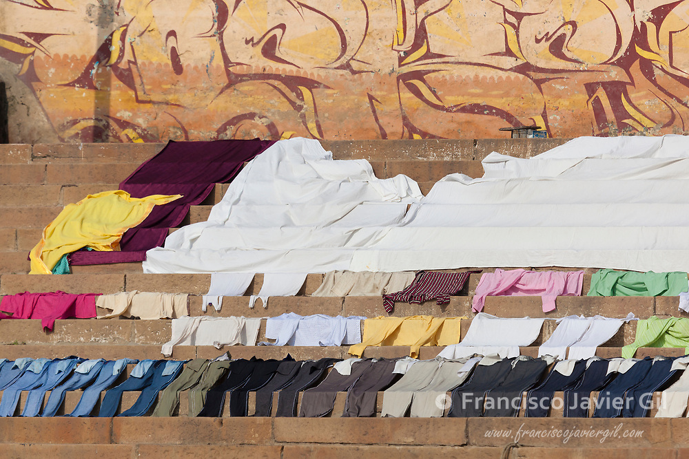 Drying process on the ghats, Varanasi, Uttar Pradesh, India