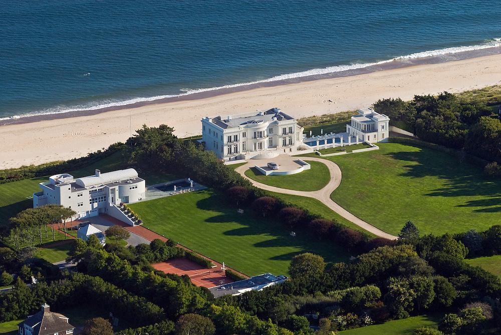 Mansions along the coast, aerial, New York, East Hampton, South Fork, Long Island, New York