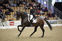 Laarakker Christa (NED) - Ovation<br /> JBK Horse Show Odense 2009<br /> © Hippo Foto - Leanjo de Koster