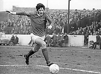 Billy Millen, footballer, Linfield FC, Belfast, in action at the Oval, East Belfast, N Ireland. The Oval is the Glentoran FC home ground. March, 1970, 197003000114<br />