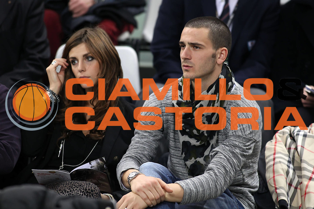 DESCRIZIONE : Torino Coppa Italia Final Eight 2011 Quarti di Finale Armani Jeans Milano Air Avellino<br /> GIOCATORE : Leonardo Bonucci<br /> SQUADRA : Juventus<br /> EVENTO : Agos Ducato Basket Coppa Italia Final Eight 2011<br /> GARA : Armani Jeans Milano Air Avellino<br /> DATA : 11/02/2011<br /> CATEGORIA : VIP<br /> SPORT : Pallacanestro<br /> AUTORE : Agenzia Ciamillo-Castoria/ElioCastoria<br /> Galleria : Final Eight Coppa Italia 2011<br /> Fotonotizia : Torino Coppa Italia Final Eight 2011 Quarti di Finale Armani Jeans Milano Air Avellino<br /> Predefinita :