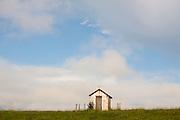 Jacui_MG, Brasil...Igreja em uma paisagem rural...A small church in the rural landscape...Foto: LEO DRUMOND / NITRO