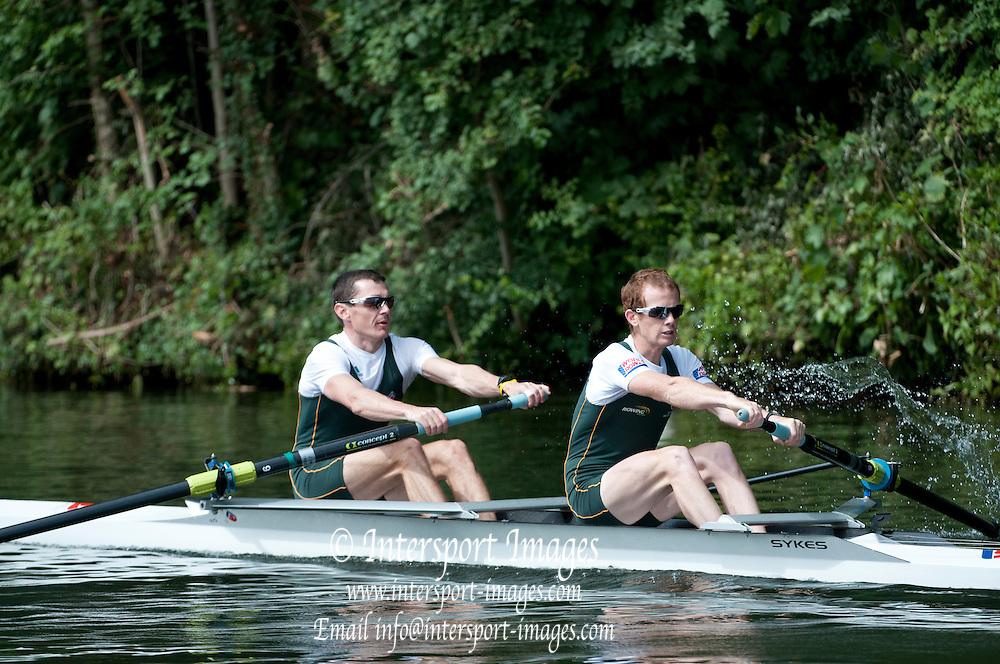 Henley, Great Britain.  Henley Royal Regatta. River Thames,  Henley Reach.  Royal Regatta. River Thames Henley Reach. Thursday  10:49:52  30/06/2011  [Intersport Images] . HRR