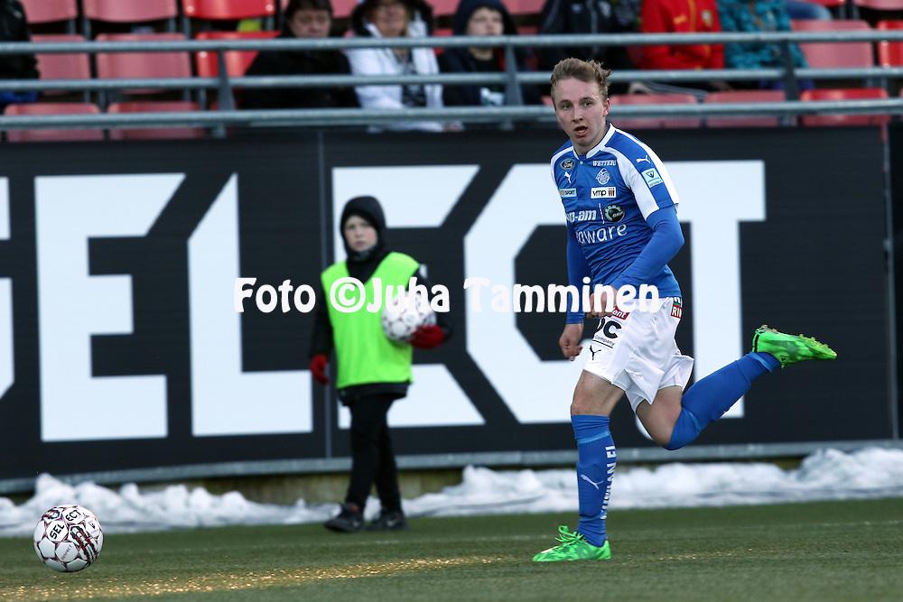 2.4.2016, Myyrm&auml;en jalkapallostadion, Vantaa.<br /> Veikkausliiga 2016.<br /> Pallokerho-35 Vantaa - Rovaniemen Palloseura.<br /> Aapo Heikkil&auml; - RoPS