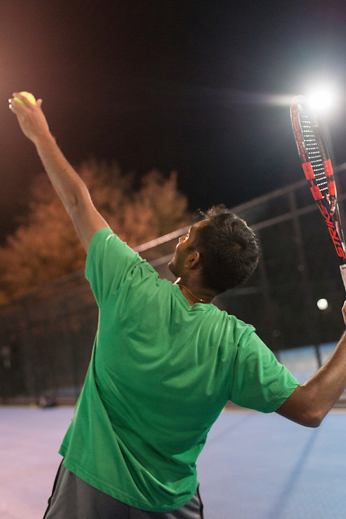 11/1/2016 - Medford/Somerville, MA - Junior Suvithan Rajadurai practices with Tufts Men's Club Tennis team at Voute Tennis Courts on Tuesday Nov 1st, 2016. (Ray Bernoff / The Tufts Daily)