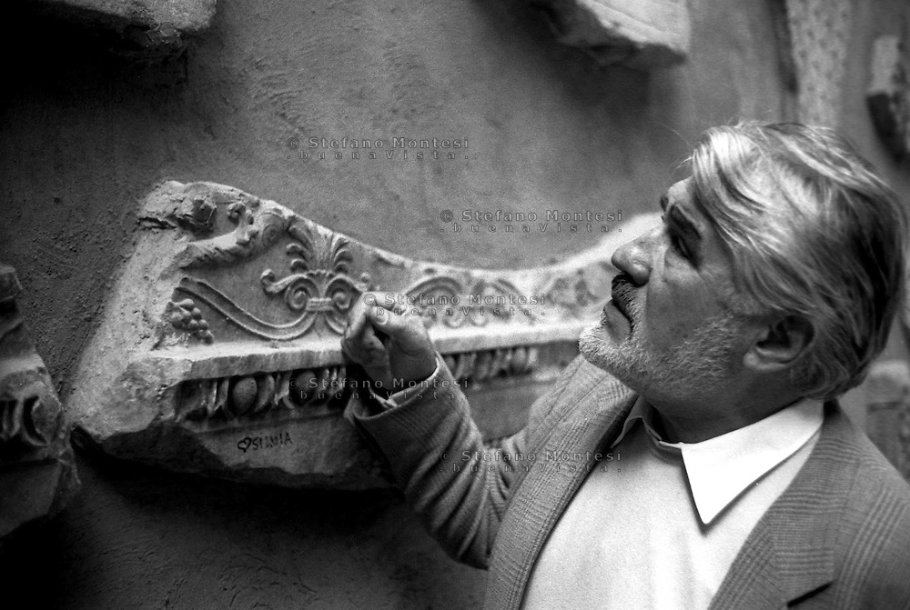 March 1997..Swiss actor Mario Adorf in Rome , Building of the Cancelleria in Piazza della Cancelleria