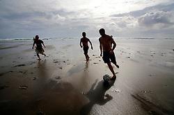 NEW ZEALAND PIHA BEACH 12DEC07 - Boys play football on Piha Beach, West Coast of northern Island, New Zealand...jre/Photo by Jiri Rezac..© Jiri Rezac 2007..Contact: +44 (0) 7050 110 417.Mobile:  +44 (0) 7801 337 683.Office:  +44 (0) 20 8968 9635..Email:   jiri@jirirezac.com.Web:    www.jirirezac.com..© All images Jiri Rezac 2007 - All rights reserved.