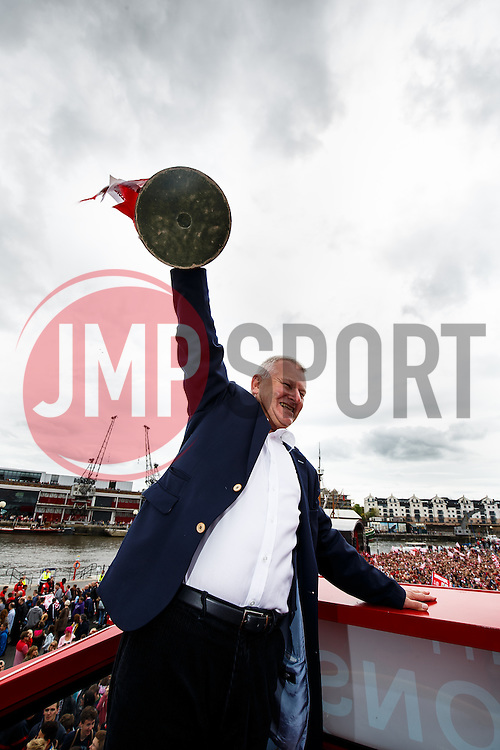 Majority Shareholder Steve Lansdow poses in front of thousands of fans in Lloyds Amphitheatre during the Bristol City open top bus parade to celebrate winning both the League 1 and Johnstone's Paint Trophy titles this season and promotion to the Championship - Photo mandatory by-line: Rogan Thomson/JMP - 07966 386802 - 04/05/2015 - SPORT - FOOTBALL - Bristol, England - Bristol City Bus Parade.