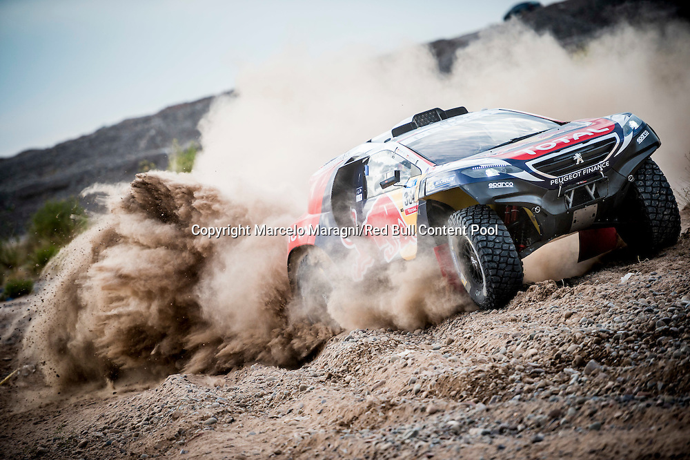 Carlos Sainz  races during the 3rd stage of Rally Dakar 2015 from San Juan to Chilecito, Argentina on January 6th, 2015 // Marcelo Maragni/Red Bull Content Pool // P-20150106-00052 // Usage for editorial use only // Please go to www.redbullcontentpool.com for further information. //