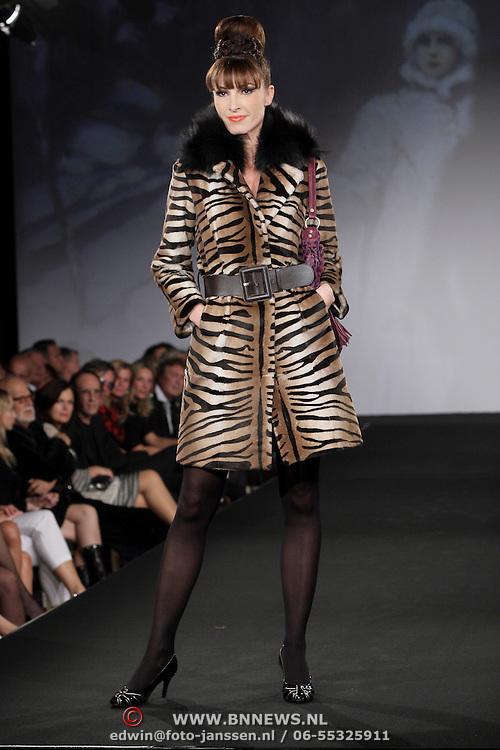 NLD/Amsterdam/20080920 - Modeshow Sheila de Vries 2008,