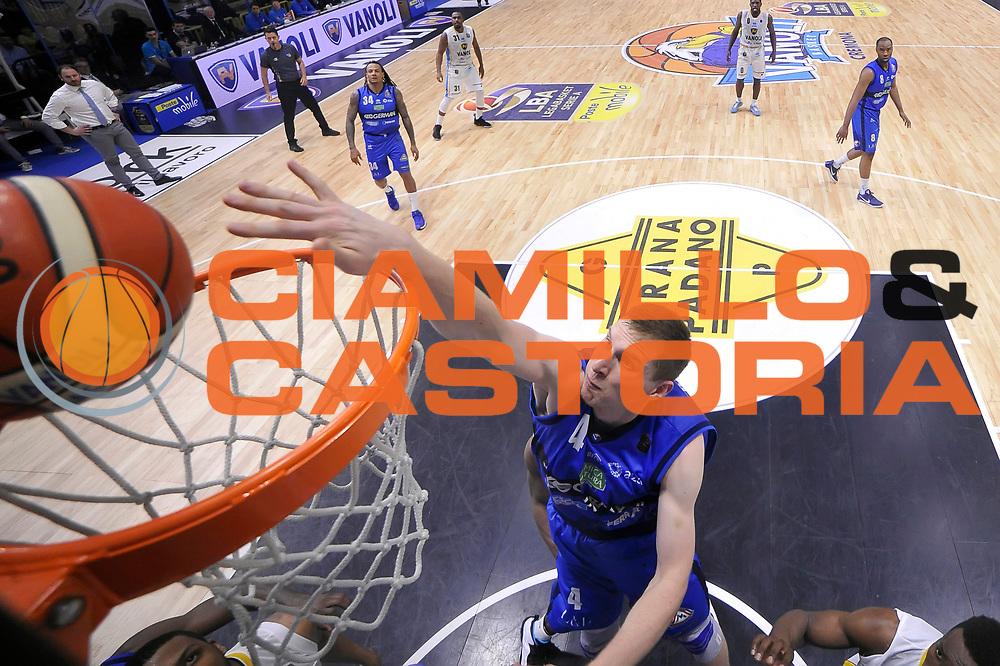 Jared Berggren<br /> Vanoli Cremona - Germani Basket Brescia Leonessa<br /> Lega Basket Serie A 2016/2017<br /> Cremona, 09/04/2017<br /> Foto M.Ceretti / Ciamillo - Castoria
