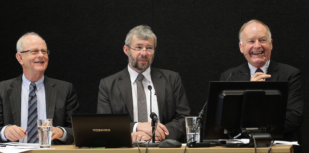 "Mike Stannard, left, Peter Wood and John Hamilton on the  concrete discussion panel at the Canterbury Earthquakes Royal Commission, Christchurch, New Zealand, Tuesday, September 04, 2012. Credit:SNPA / The Press, Sracey Squires  ""POOL"""""