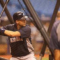 New York Yankees shortstop Derek Jeter (2) is seen warming up in the batting cage prior to a major league baseball game between the New York Yankees and the Tampa Bay Rays at Tropicana Field on Thursday, Sept. 17, 2014 in St. Petersburg, Florida. (AP Photo/Alex Menendez)