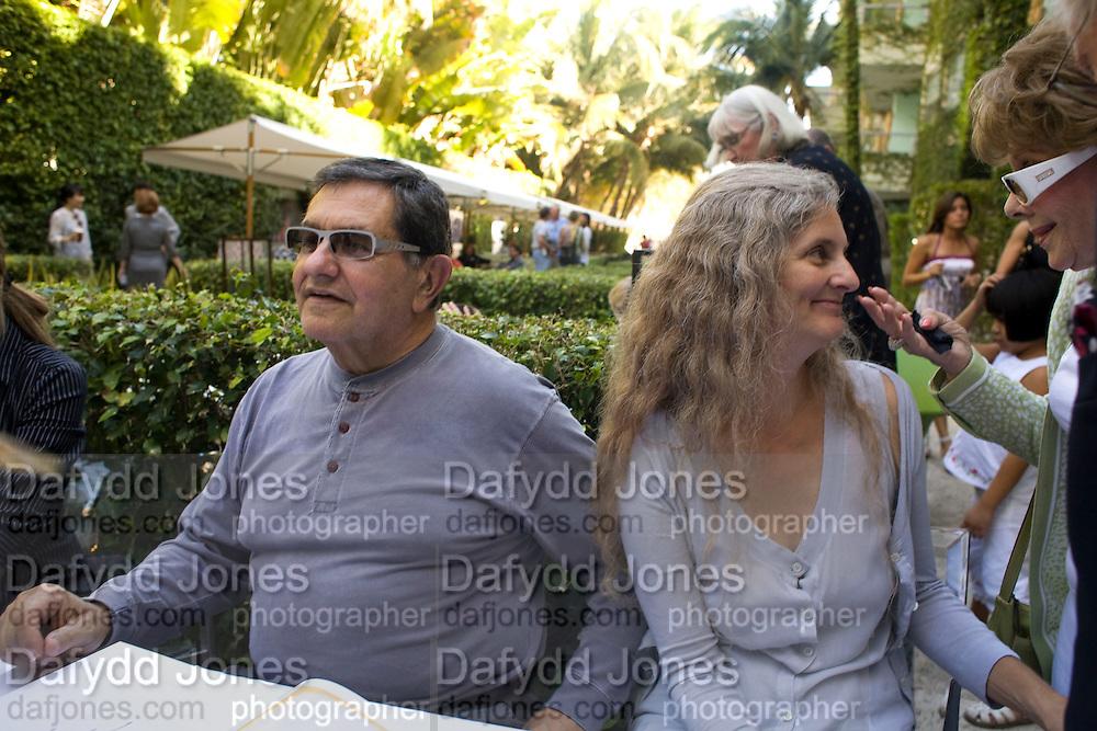 MARTY MARGALIES; CONSTANCE MARGALIES, Collectors Brunch, Sagamore Hotel Miami Beach. Art Basel Miami Beach. 6 December 2008 *** Local Caption *** -DO NOT ARCHIVE -Copyright Photograph by Dafydd Jones. 248 Clapham Rd. London SW9 0PZ. Tel 0207 820 0771. www.dafjones.com