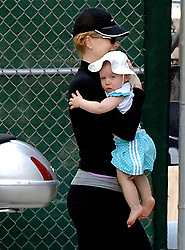 EXCLUSIVE. Nicole Kidman and her daughter Sunday Rose enjoy a beautiful day together in New York City, NY, USA on June 28, 2009. Next July 11, Sunday Rose will be one year old. Photo by Frank Ross/ABACAPRESS.COM  | 193350_003