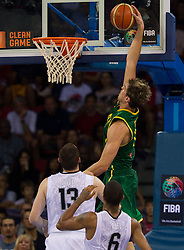 30.08.2010, Abdi Ipekci Arena, Istanbul, TUR, 2010 FIBA World Championship, USA vs Brasil, im Bild .Tiago Splitter of Brasil during the Preliminary Round - Group B basketball match. EXPA Pictures © 2010, PhotoCredit: EXPA/ Sportida/ Vid Ponikvar *** ATTENTION *** SLOVENIA OUT!