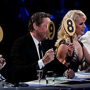 DUI/Berlin/20100528 - Finale Let's Dance 2010, jury geeft cijfers