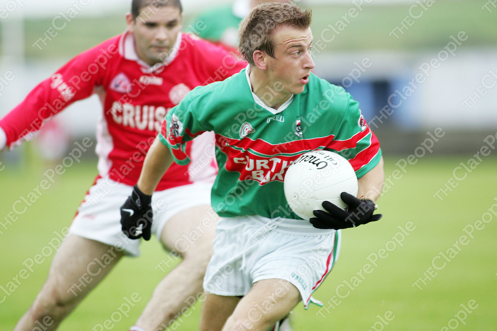 Kilmurry Ib Declan Callinan in posession against Eire Og in thier meeting in Cooraclare on Saturday. Pic. Brian Arthur/ Press 22.