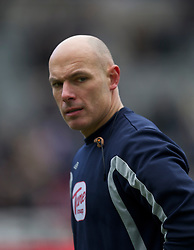 NEWCASTLE, ENGLAND - Saturday, March 5, 2011: Referee Howard Webb before the Premiership match between Newcastle United and Everton at St. James' Park. (Photo by David Rawcliffe/Propaganda)