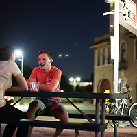 Alamo Street  Eat-Bar<br />