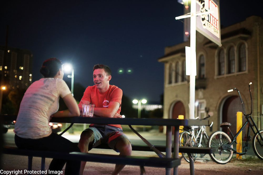 Alamo Street  Eat-Bar<br /> <br /> Wes Parker, 26, talks with Heather  Serra, 25, at the Alamo Street Eat-Bar