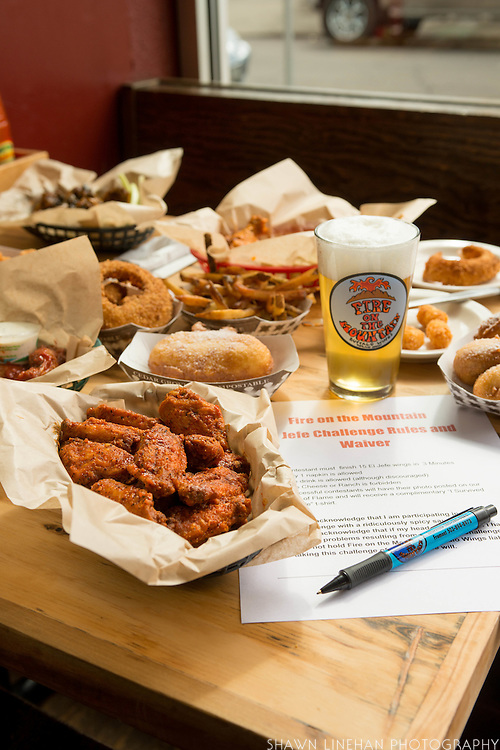El Hefe wings and other fried goodness from Fire on the Mountain on E. Burnside in Portland, Oregon.