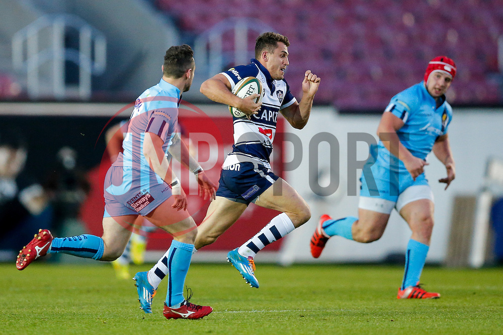 Bristol Rugby Full Back Jack Wallace is challenged by Worcester Fly-Half Ryan Lamb - Photo mandatory by-line: Rogan Thomson/JMP - 07966 386802 - 20/05/2015 - SPORT - Rugby Union - Bristol, England - Ashton Gate Stadium - Bristol Rugby v Worcester Warriors - Greene King IPA Championship Play-Off Final 1st Leg.