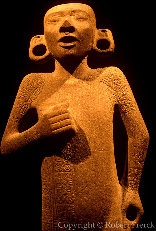 MEXICO, MEXICO CITY, MUSEUM Huastec: statue of young priest