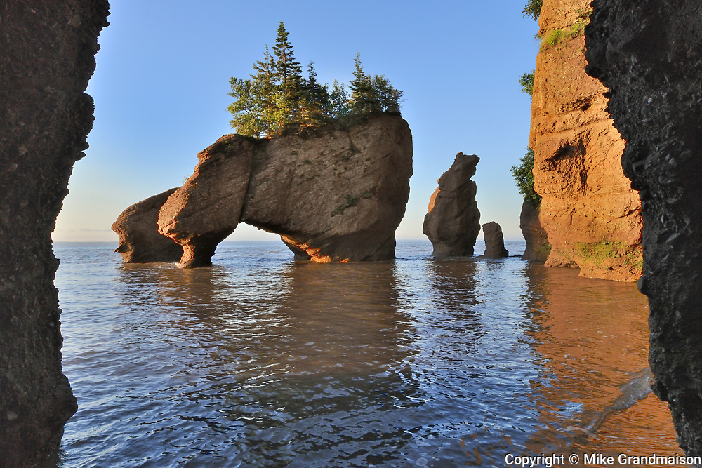 Hopewell Rocks , Cape Hopewell Rocks, New Brunswick, Canada<br />