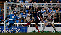 Photo: Daniel Hambury.<br />Reading v West Bromwich Albion. The FA Cup. 17/01/2006.<br />Reading's Leroy Lita (L) scores his second goal to make it 2-2.