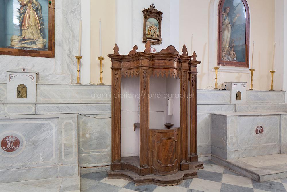 STROMBOLI, ITALIA - 12 ottobre 2013: Chiesa di San Bartolomeo nell'isola di Stromboli, il 12 ottobre 2013.