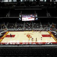 USC Men's Basketball Tip off