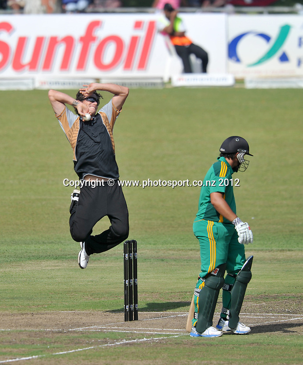 Rob Nicol , New Zealand during the 2012 New Zealand Tour South Africa cricket International T20 match between South Africa A v New Zealand at the The Oval  in Pietermaritzburg , December 18 , 2012<br />   <br /> <br /> &copy; Sabelo Mngoma/BackpagePix