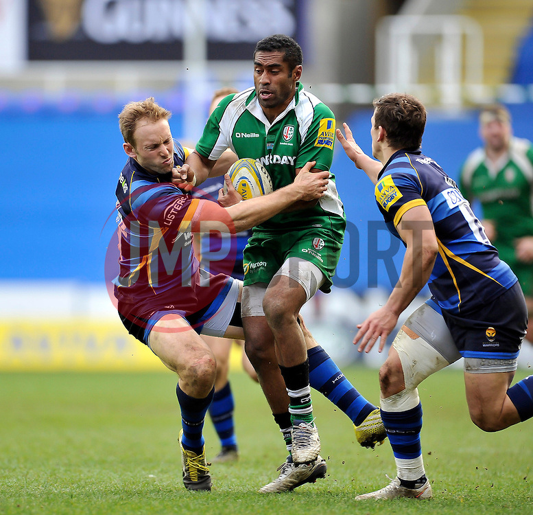Aseli Tikoirotuma of London Irish takes on the Worcester Warriors defence - Mandatory byline: Patrick Khachfe/JMP - 07966 386802 - 07/02/2016 - RUGBY UNION - Madejski Stadium - Reading, England - London Irish v Worcester Warriors - Aviva Premiership.