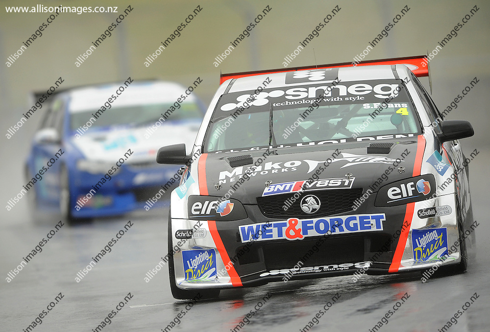 Simon Evans of Auckland in action, during the Highlands BNT V8 SuperTourers, held at Highlands Motorsport Park, Cromwell, Otago, New Zealand. 26 January 2014. Credit: Joe Allison / allisonimages.co.nz