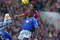 Fotball<br /> England 2004/2005<br /> Foto: SBI/Digitalsport<br /> NORWAY ONLY<br /> <br /> Southampton v Portsmouth<br /> Barclays Premiership, 13/11/04<br /> <br /> Lua Lua opens the scoring for Portsmouth.
