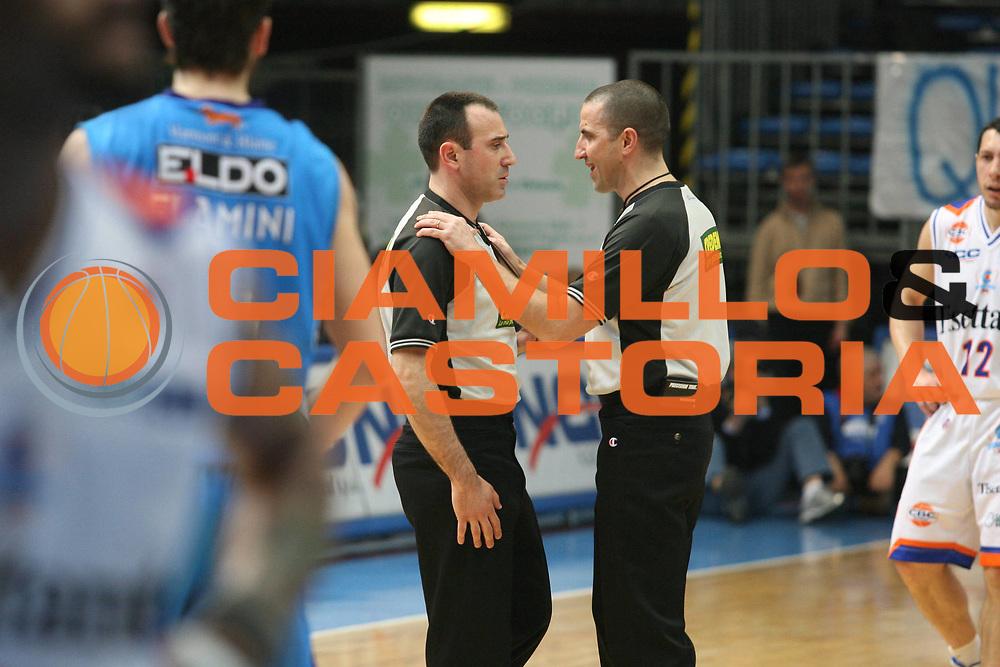DESCRIZIONE : Cantu Lega A1 2007-08 Tisettanta Cantu Eldo Napoli <br /> GIOCATORE : Arbitro <br /> SQUADRA : <br /> EVENTO : Campionato Lega A1 2007-2008 <br /> GARA : Tisettanta Cantu Eldo Napoli <br /> DATA : 15/03/2008 <br /> CATEGORIA : <br /> SPORT : Pallacanestro <br /> AUTORE : Agenzia Ciamillo-Castoria/G.Ciamillo
