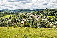 Cidade vista do Mirante do Bairro Antena. Caxambu do Sul, Santa Catarina, Brasil. / <br /> City view from Antena neighborhood. Caxambu do Sul, Santa Catarina, Brazil.